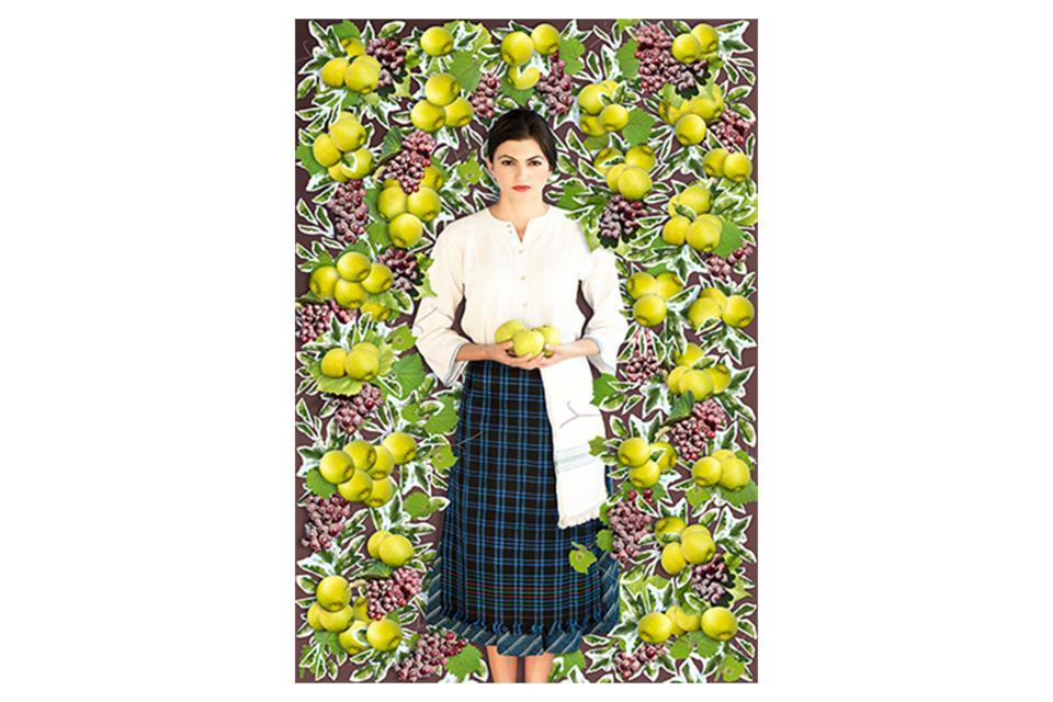 момиче с ябълки.jpg